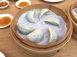 The delicate rolling, folding and tucking of the DimSums at Din Tai Fung make it an art and a science.